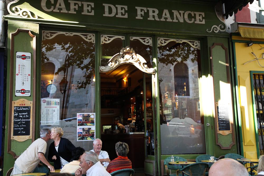 Café de France, Nicola Bramigk