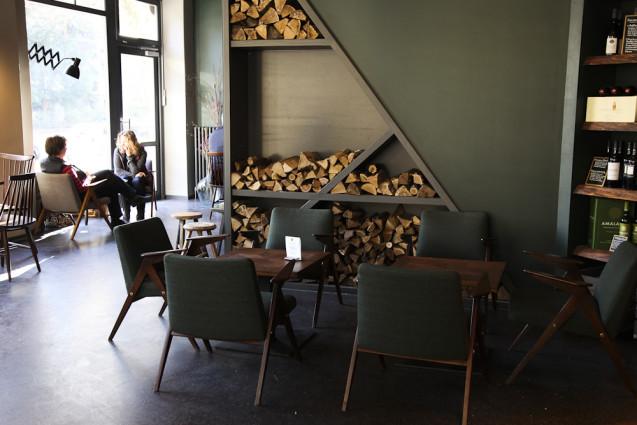 frau l ske smart travelling. Black Bedroom Furniture Sets. Home Design Ideas
