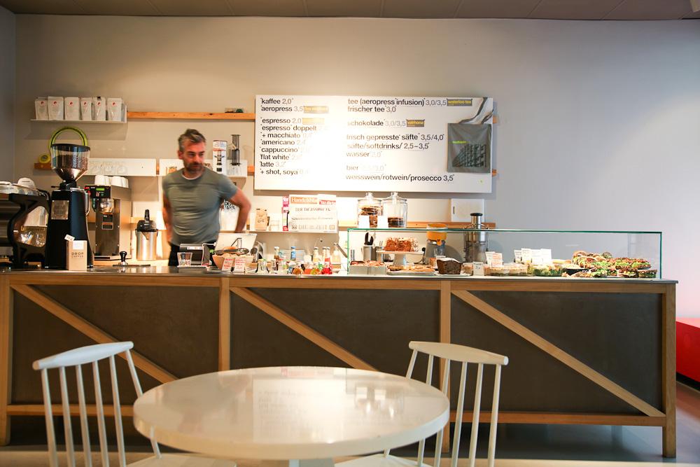 Westberlin Berlin Cafe