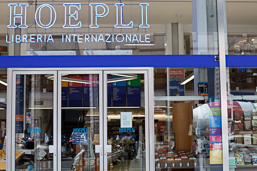 Hoepli Libreria Internationale - Smart Travelling